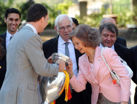 La selección visita la Zarzuela y la Moncloa