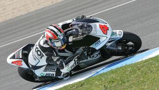 El japonés Aoyama fue segundo en 250 cc, por detrás de Álvaro Bautista.  Foto: Jesús Marín