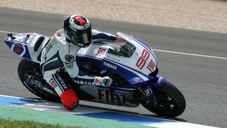 Jorge Lorenzo, compañero de Rossi en Yamaha, marcó el cuarto mejor tiempo.  Foto: Jesús Marín