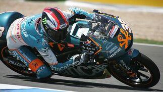 Los pilotos españoles protagonizan una jornada con gran ambiente en el Circuito de Jerez.  Foto: Jesus Marin