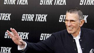Leonard Nimoy, el legendario Spock, participa también en esta historia que viaja al pasado para narrar su juventud y la del resto de personajes y en la que Zachary Quinto se encarga de interpretar al joven vulcaniano.  Foto: Reuters / AFP Photo / EFE
