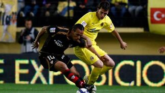 Con el Villarreal queriendo y no pudiendo, el Sevilla se basó en la pegada de sus estrellas.  Foto: LOF, EFE