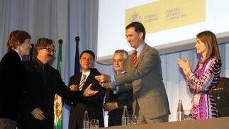 Consultora Summa recoge uno de los Premios Nacionales de Diseño de manos del Príncipe de Asturias, Don Felipe de Borbón.  Foto: D.C.