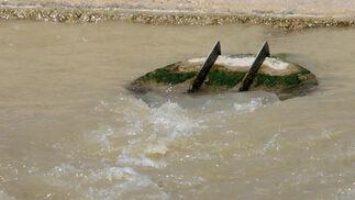 Desagüe de una de las piscinas.  Foto: Belén Vargas