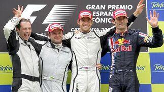 Matt Dean, jefe de mecánicos de Brawn GP, Barrichello, Button y Webber.   Foto: Reuters / AFP Photo / EFE