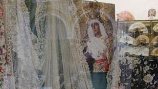Encaje de Bruselas de la Virgen.  Foto: Victoria Hildago