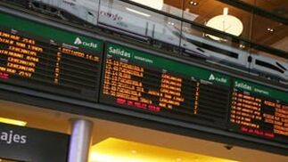 Los pasajeros que salieron de Málaga, de la Estación María Zambrano hacia la capital española se vieron afectados por el corte de las vías del AVE.
