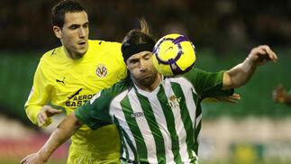 El Betis golea al Villarreal B en el partido aplazado por la gripe A. /Antonio Pizarro