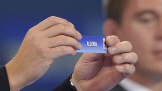 Una de las papeletas del sorteo.  Foto: Agencias