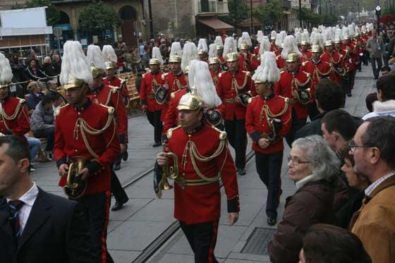 8.000 músicos invidieron las calles de Sevilla.  Foto: Jose Angel Garcia