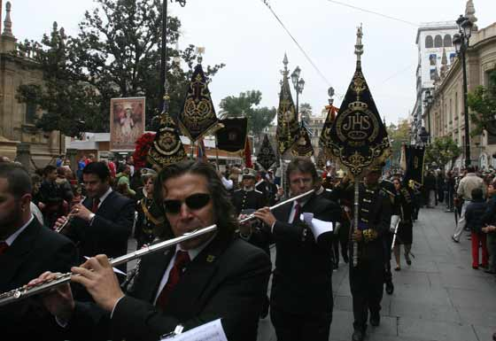La banda municipal durante el desfile.  Foto: Jose Angel Garcia