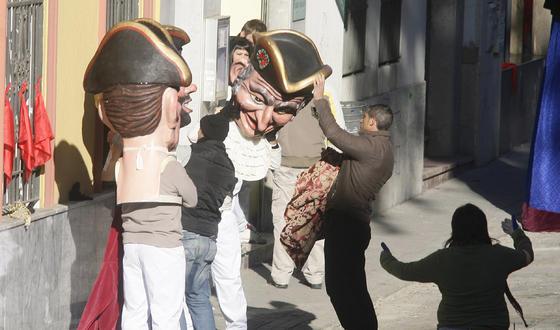 Gigantes y Cabezudos en la muralla.  Foto: Antonio Pizarro