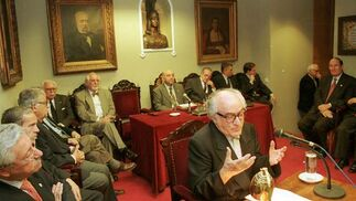 El Padre Javierre elegido Mienbro de Honor de la Ateneo en el 2000.  Foto: Juan Carlos Muñóz.