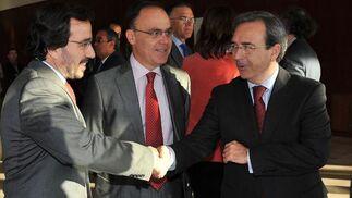 Arturo Coloma, consejero delegado de Detea; Agustín Valverde, director general de Idea, y Juan Carlos Fernández.  Foto: Juan Carlos Vazquez y Victoria Hidalgo