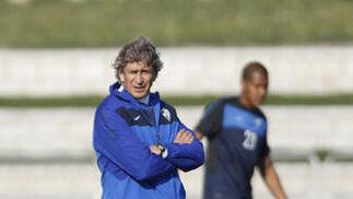 Pellegrini entrena a sus jugadores  Foto: Sergio Camacho