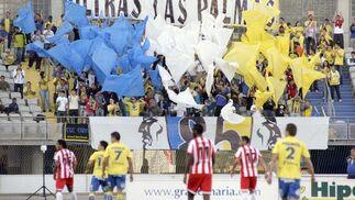 El Almería no puede pasar del empate en Las Palmas (2-2). / LOF