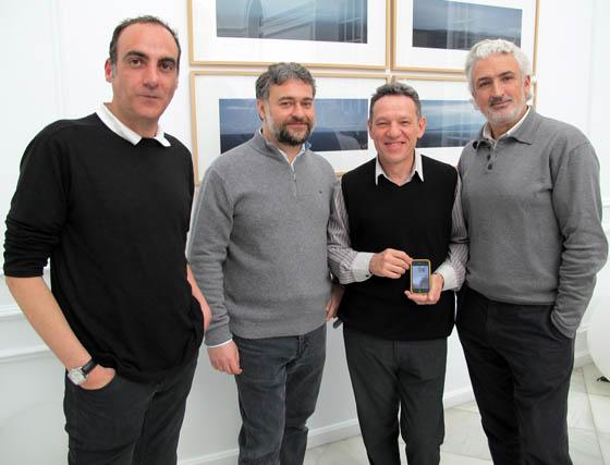 Los arquitectos Luis Enrique Díez Almeida, David Fernández Zamora y Arsenio Rica Cámara, con José Luis Álvarez-Ossorio, aparejador.  Foto: Victoria Ramírez