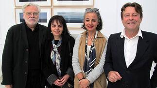 Los arquitectos Juan Ruesga y Lino Álvarez, con las empresarias Margarita Contreras y Cuqui Castellanos.  Foto: Victoria Ramírez