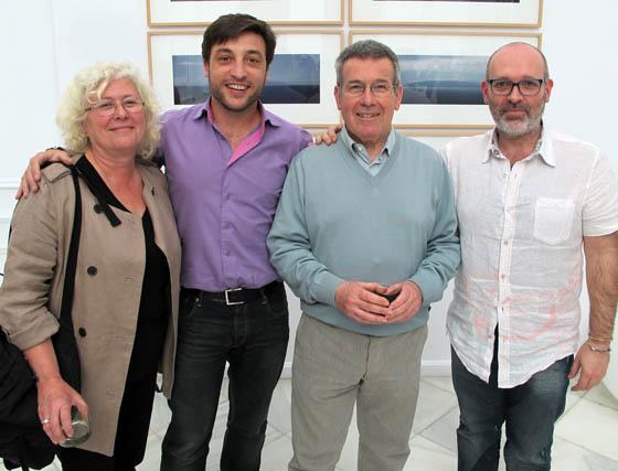 Nela Pliego,  el fotógrafo Eduardo D´Acosta; el pintor Ignacio Tovar y el fotógrafo Israel Caballero.  Foto: Victoria Ramírez