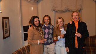 Teresa  Yrayzoz, Nona Bernal, Maribel Palacio y Ángela Gracián.  Foto: Ignacio Casas de Ciria