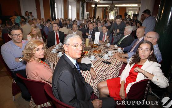 Las im genes del desayuno informativo con el presidente de la autoridad portuaria de huelva - Endesa el puerto de santa maria ...