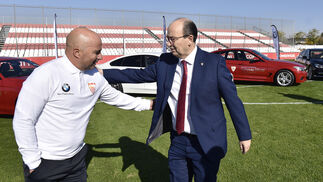 Entrega de coches BMW a la plantilla del Sevilla