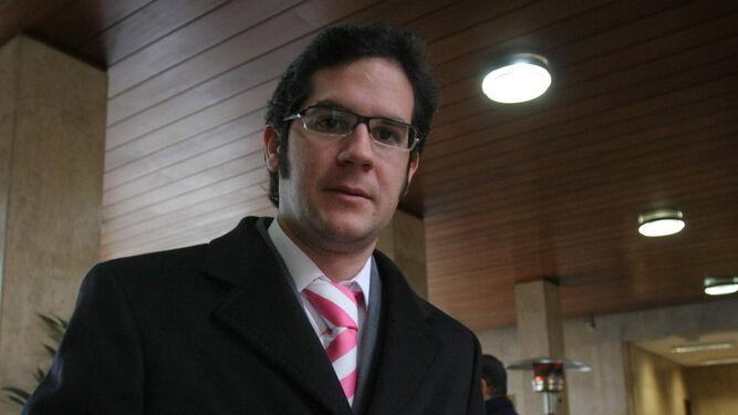 Fondo De Armario Translation ~ Carlos Hita se incorpora como gerente a Huelva Deporte y Jonathan Pérez lo hará como consejero