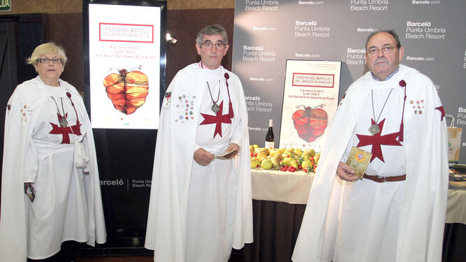 Representantes de la Asociación de la Noche Templaria.