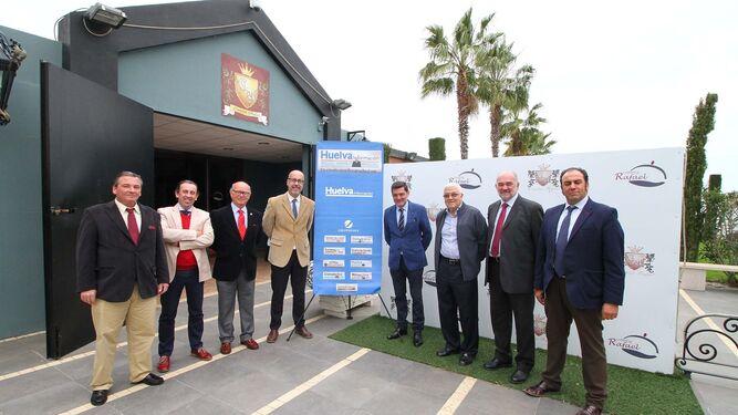 La Tertulia Cofrade 'El Aguaó' de 'Huelva Información' volvió a reunirse en el Complejo Rafael, con el músico y director Abel Moreno como invitado.