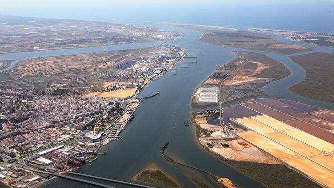 Resultado de imagen de Desastre en la costa de Huelva por el temporal