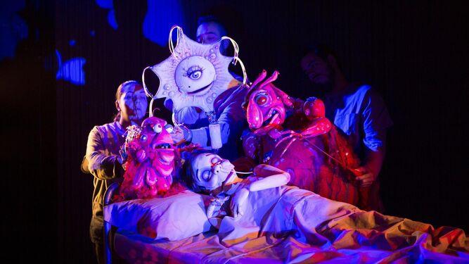 Tiflonuba se suma a la fiesta del teatro con un pase doble de 'La eterna herencia'