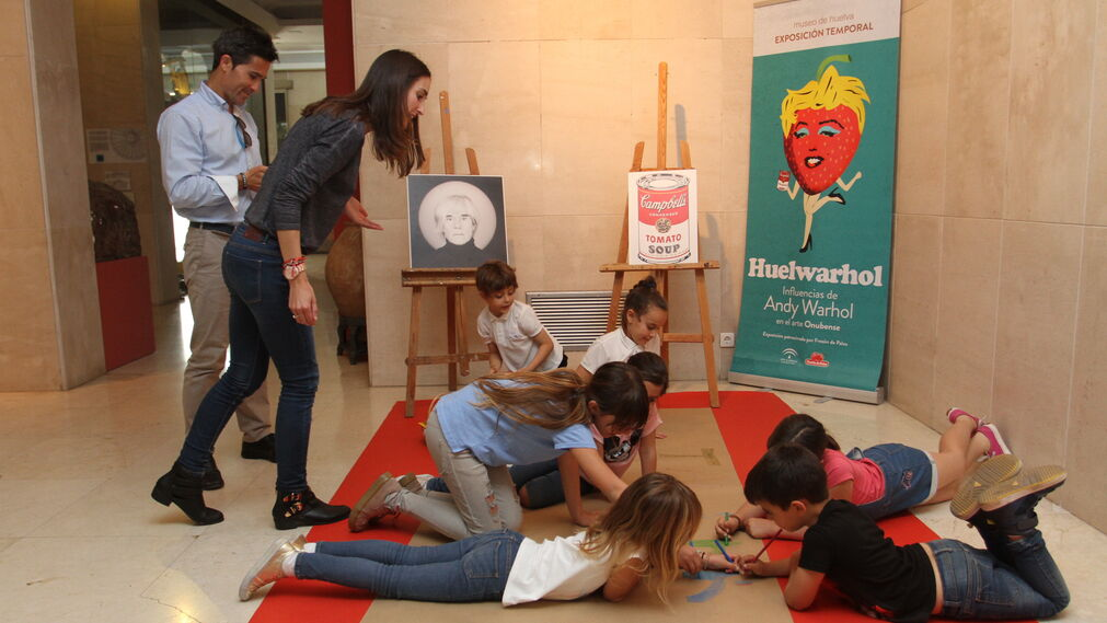 Imágenes del Taller infantil 'Do It Yourself Crea tu propia lata warholiana'