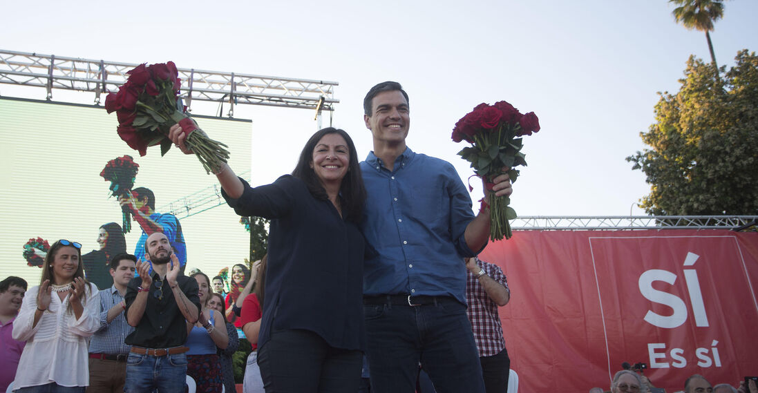 El acto de campaña de Pedro Sánchez en Sevilla, en imágenes