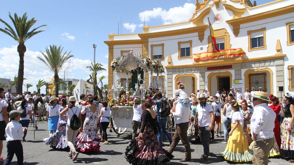 la Hermandad del Rocío de Punta Umbría en la Comandancia Marina de Huelva