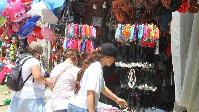 Los collares y pulseras son de los artículos más vendidos.