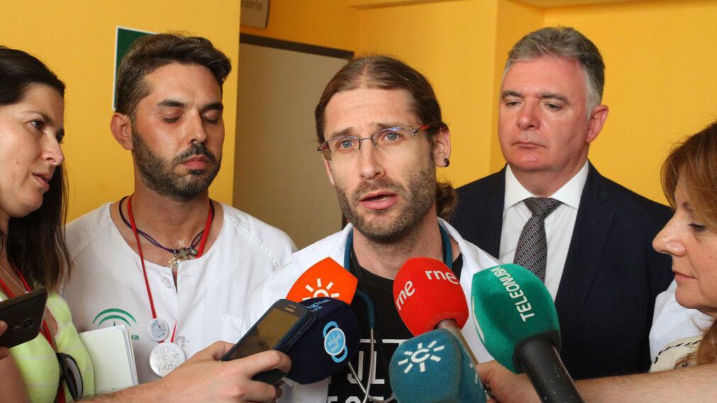 La consejera de Salud, Marina Álvarez, visita la nueva UCI Pediátrica y Unidad de Cuidados Intermedios del Hospital Juan Ramón Jiménez