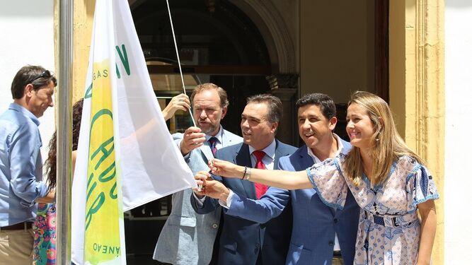 García-Palacios, Manuel García Félix, Alberto Fernández y Bella Verano.