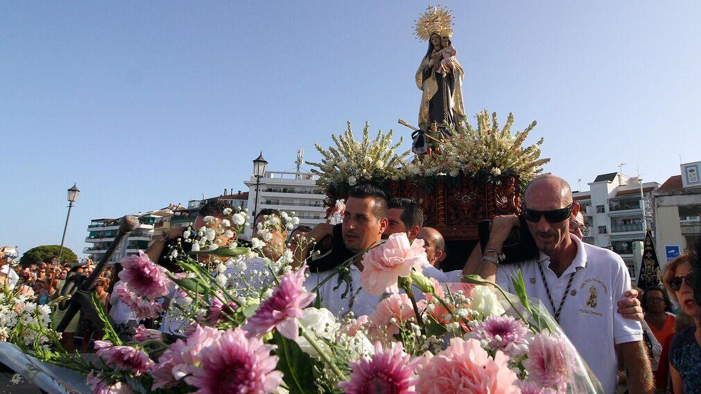 Imágenes de la procesión de la Virgen del Carmen en Punta Umbría