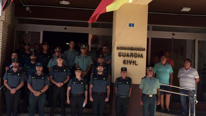 """Huelva muestra su """"respuesta firme"""" frente al terrorismo"""
