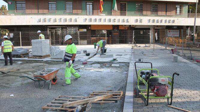 La urbanización de la avenida  de Cádiz entra en su fase final