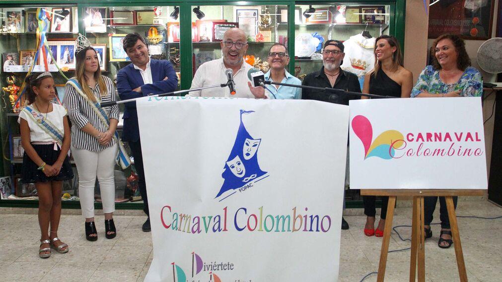 Imágenes de la presentación de Antonio Cabezas como pregonero del Carnaval Colombino.
