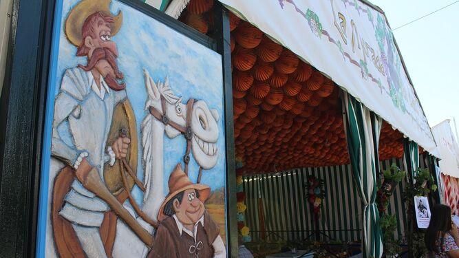 Detalles quijotescos adornan algunas de las casetas del recinto.