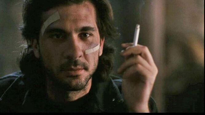Fotograma de El lado oscuro del corazón, película de 1992 dirigida por Eliseo Subiela.