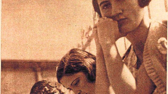 Estudiando en la  azotea de la Residencia de Señoritas en junio de 1933.