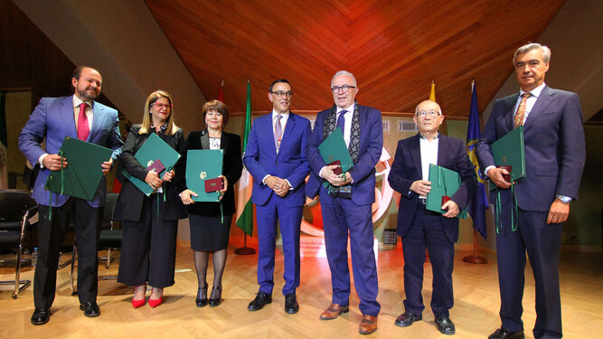 Guillermo García-Palacios, Mabel Díaz, María Domínguez, Ignacio Caraballo, José Sánchez, Juan Manuel Seisdedos y Pedro Garrido.