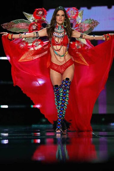 Victoria´s Secret - Victoria's Secret Fashion Show 2017