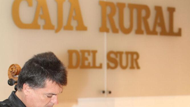 José Luis García Palacios se dirige a los asistentes al acto.