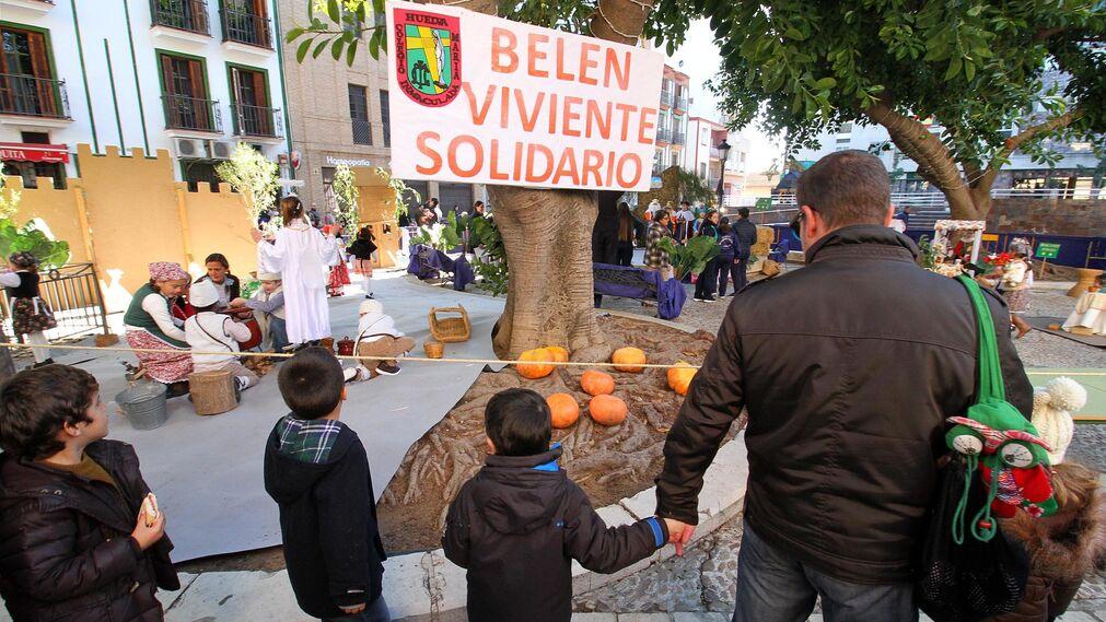 Imágenes del Belén viviente del Colegio María Inmaculada.