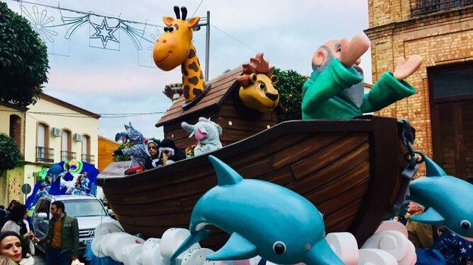 La carroza del Arca de Noé de la Cabalgata de los Reyes Magos de la localidad onubense de Nerva.