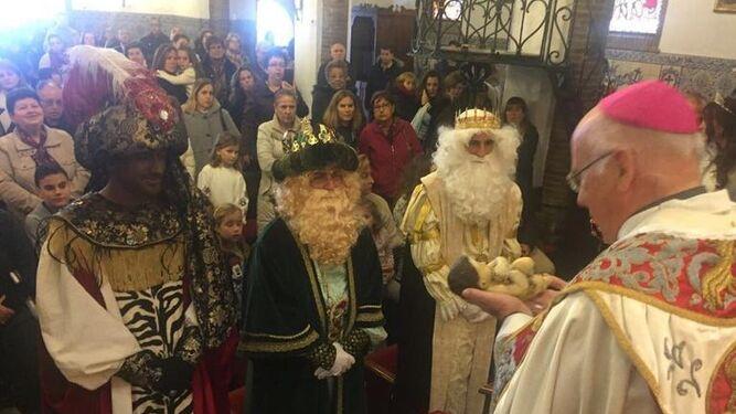 El coro del Lazareto canta en el santuario de La Cinta.